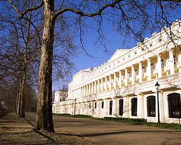 Carlton House Terrace, built by John Nash circa 1830, The Mall, London, England, United Kingdom, Europe