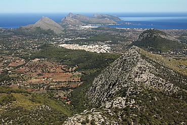 Tramuntana Mountains near Pollenca, Mallorca, Balearic Islands, Spain, Europe