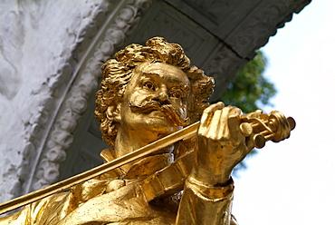 Johann Strauss statue at Stadtpark, Vienna, Austria, Europe
