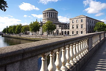 Four Courts and River Liffey, Dublin, Republic of Ireland, Europe