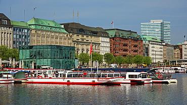 Jungfernstieg at Binnenalster, Hamburg, Germany, Europe