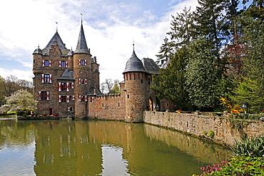 Satzvey Castle near Mechernich, Eifel, North Rhine-Westphalia, Germany, Europe