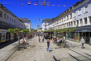 Shopping street Franzstravue, Saarlouis, Saarland, Germany, Europe
