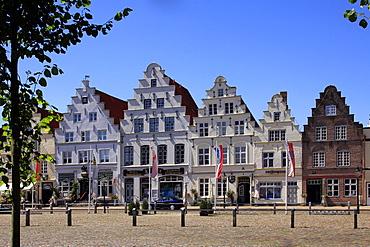 Market Square with Town Houses, Friedrichstadt, Eider, Schleswig-Holstein, Germany, Europe