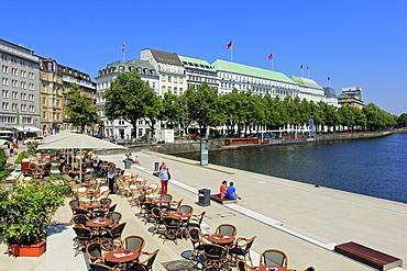 Binnenalster and Hotel Vier Jahreszeiten, Hamburg, Germany, Europe