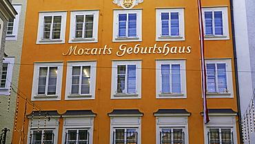 Birthplace of Mozart, Getriedegasse, Salzburg, Austria, Europe