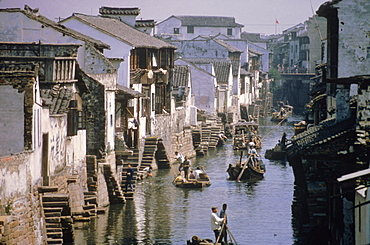 Ancient canal in the city, part of the Great Canal, the longest in China, Soochow (Suzhou), China, Asia
