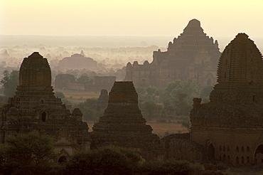 Temples and pagodas at dawn, Bagan (Pagan), Myanmar (Burma), Asia
