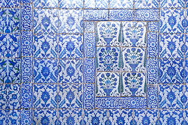 Close-up of Syrian tiles dating from 1650s, Blue Mosque, Cairo, North Africa, Africa