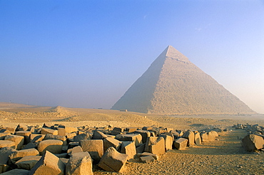Pyramid of Chephren in the early morning, UNESCO World Heritage Site, Giza, near Cairo, Egypt, North Africa, Africa