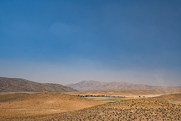 View from hill near Tomb of Cyrus the Great, 576-530 BC, Pasargadae, Iran, Middle East