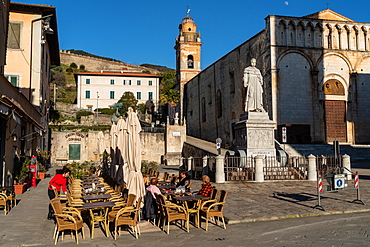 Town square of Pietrasanta on the coast in Northern Tuscany, bathed in afternoon light, Pietrasanta, Tuscany, Italy, Europe