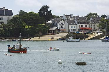 Ste-Marine near Benodet, a popular sailing resort, Southern Finistere, Brittany, France, Europe