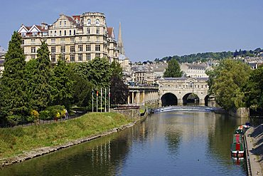 Pulteney Bridge and River Avon, Bath, UNESCO World Heritage Site, Avon, England, United Kingdom, Europe
