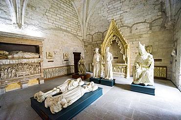 Statues, Sacristy, Palais des Papes, Avignon, France, Europe