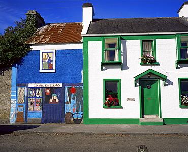 Kinvara village, Galway Bay, County Galway, Connacht, Eire (Republic of Ireland), Europe
