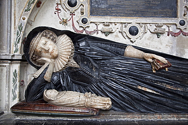 Effigy on tomb of Elizabeth Williams who died in childbirth in 1622, Gloucester Cathedral, Gloucestershire, England, United Kingdom, Europe