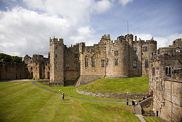 The Keep from the curtain wall, Alnwick Castle, Northumberland, England, United Kingdom, Europe