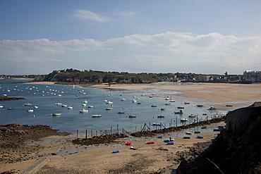 Bay of St. Lunaire, Ille-et-Vilaine, Brittany. France, Europe