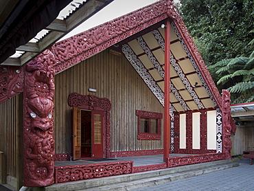 Carved Meeting House Te Tumu Herenga Waka on marae at Victoria University, Kelburn, Wellington, North Island, New Zealand, Pacific