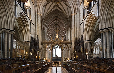 Choir and nave looking West, Worcester Cathedral, Worcester, England, United Kingdom, Europe
