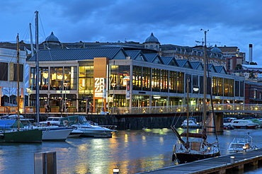 Harbourside bars and restaurants, Bristol, England, United Kingdom, Europe
