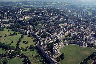 Aerial view of Bath, including the Royal Crescent, Avon (Somerset), England, United Kingdom, Europe