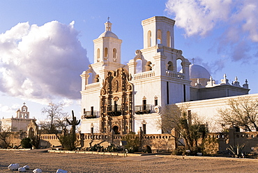 Mission San Xavier del Bac on the San Xavier Indian Reservation outside Tucson, Arizona, United States of America, North America