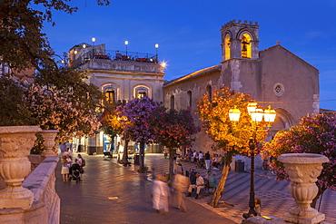 Main Square at dusk, Taormina, Sicily, Italy, Europe