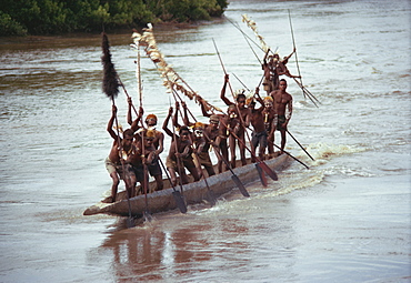 Asmat, racing canoes, Irian Jaya, Indonesia, Southeast Asia, Asia