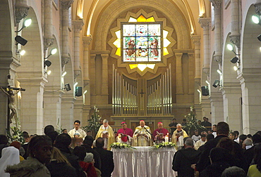 Latin Patriarch, Michel Sabah, celebrating the Pontifical Vespers on Christmas Eve 2005, St. Catherine church, Basilica of the Nativity, Bethlehem, Israel, Middle East