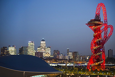 The Arcelormittal Orbit Tower in Queen Elizabeth Olympic Park at dusk, Stratford city, London, United Kingdom, Europe