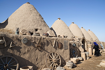 Traditional beehive houses, Harran, Eastern Anatolia, Turkey, Asia Minor, Eurasia