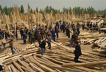 Timber area, Sunday Market, Kashi, China, Asia