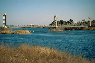 The River Euphrates at Deir Ez-Zur, Syria, Middle East