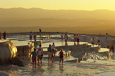 Pamukkale, UNESCO World Heritage Site, Anatolia, Turkey, Asia Minor, Eurasia