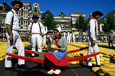 Friday cheese auction, Alkmaar, Holland, Europe