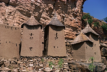 Grain stores in Irelli Village, Bandiagara Escarpment, Dogon area, UNESCO World Heritage Site, Mali, West Africa, Africa - 6-2193