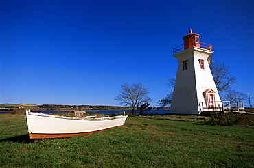 Lighthouse at Victoria by the sea, Prince Edward Island, Canada, North America