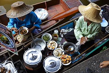 Dumnoen Saduak Floating Market, Bangkok, Thailand, Southeast Asia, Asia