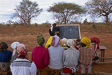 Adult literacy class, Kibwezi, Kenya, East Africa, Africa