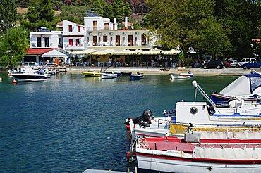Small fishing harbour of Agnontas, Skopelos, Sporades Islands, Greek Islands, Greece, Europe