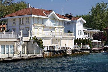 Houses on The Bosporus, Istanbul, Turkey, Europe