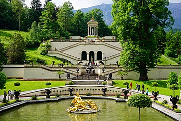 Gardens at the Palace of Linderhof, King Ludwig the Second's royal villa, Bavaria, Germany, Europe