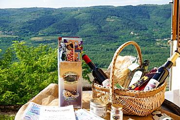 Hill village of Motovun, Istra Peninsula, Croatia, Europe - 641-13460
