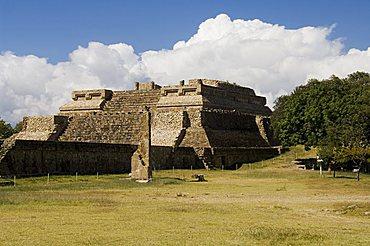 Building 5, the ancient Zapotec city of Monte Alban, UNESCO World Heritage Site, near Oaxaca City, Oaxaca, Mexico, North America