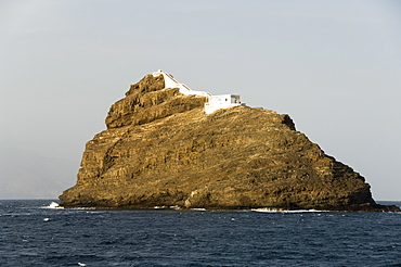Lighthouse on rock in harbour at Mindelo, Sao Vicente, Cape Verde Islands, Africa - 641-7564