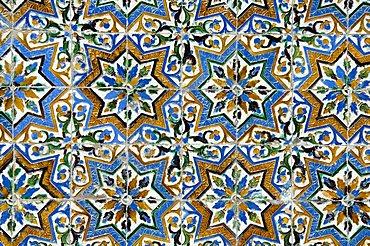 Azulejos tiles in the Mudejar style, Casa de Pilatos, Santa Cruz district, Seville, Andalusia (Andalucia), Spain, Europe