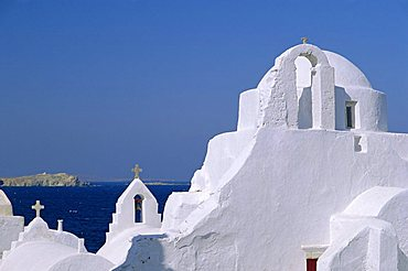 Paraportiani Church in the Alefkandra district of the old town, Mykonos, Cyclades Islands, Greece, Europe