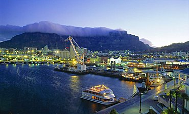 Victoria and Alfred Waterfront with Table Mountain behind, Cape Town, South Africa